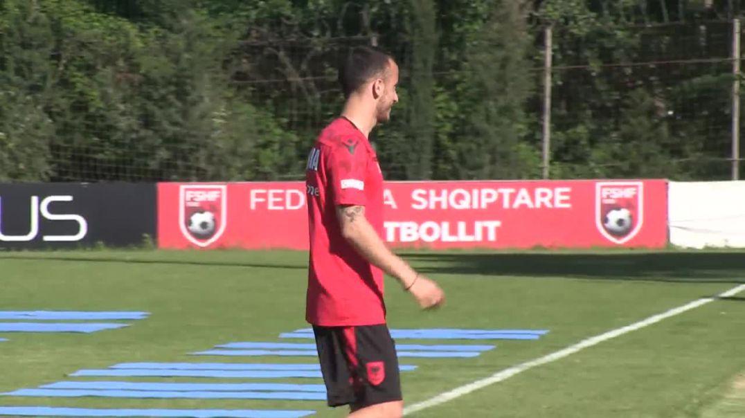 Kombëtarja nis punën për ndeshjet e qershorit nga Durrësi