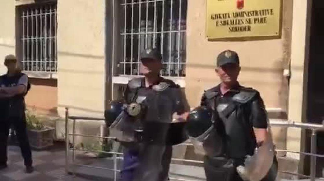 Bardh Spahia para gjykatës së  Shkodrës për masën e sigurisë
