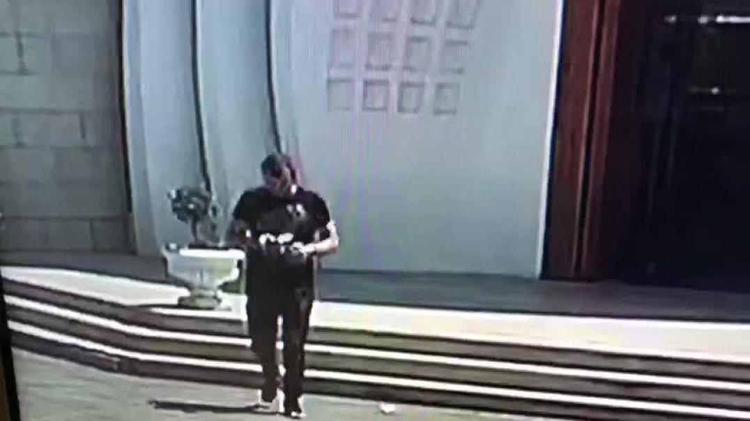 Vodhi Kishën në Durrës, publikohet momenti i grabitjes