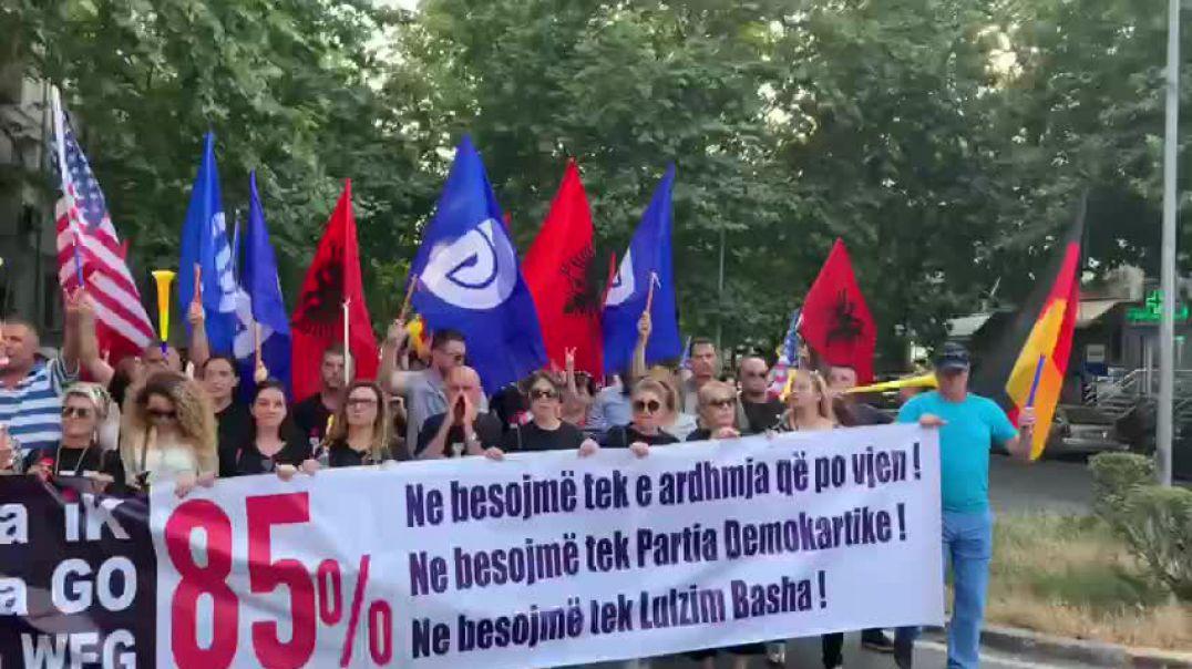 Opozita nis protestën e parë pas 30 qershorit
