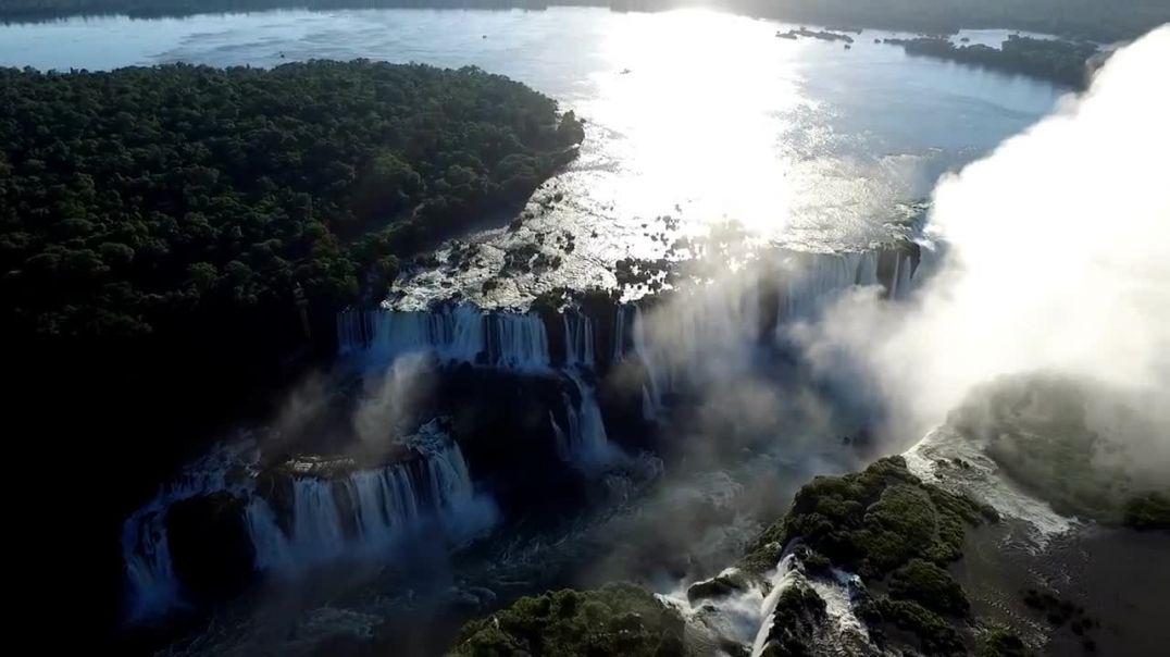 Harrojeni Niagarën, kjo është ujëvara më e bukur në botë