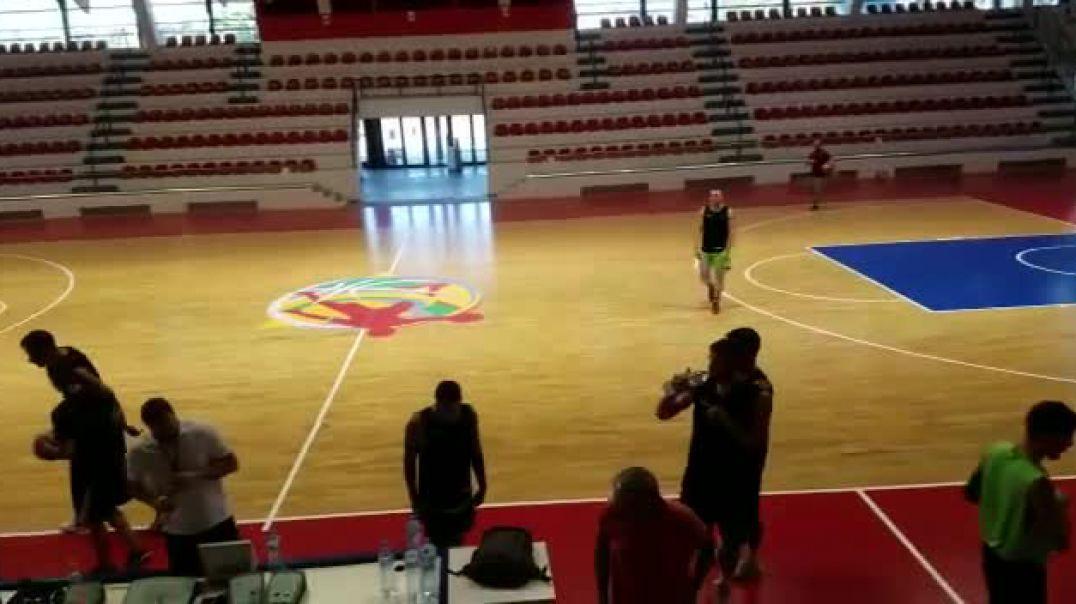 Dorëzohet bashkia, kombëtarja e basketbollit stërvitet në Tiranë