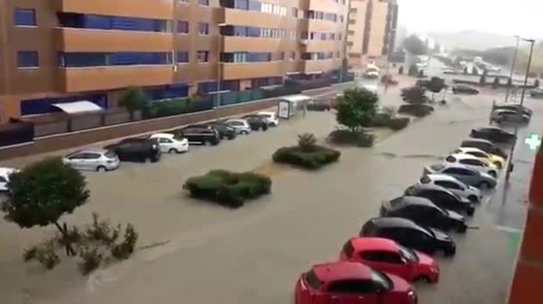 Moti i keq paralizon Spanjën, Madridi nën pushtetin e ujit