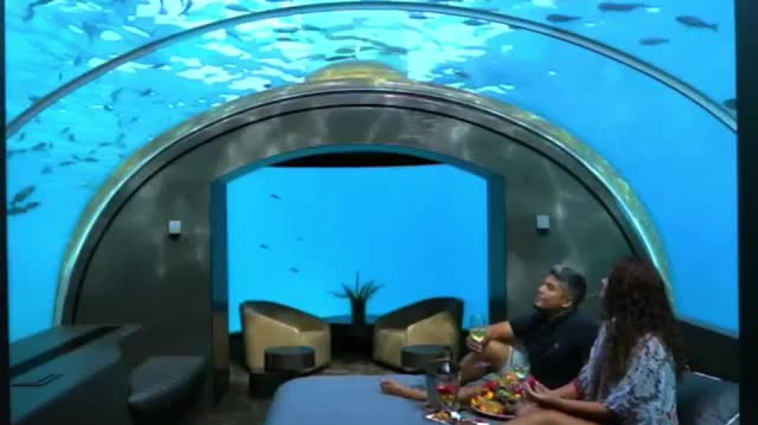 Brenda restorantit të parë nënujor