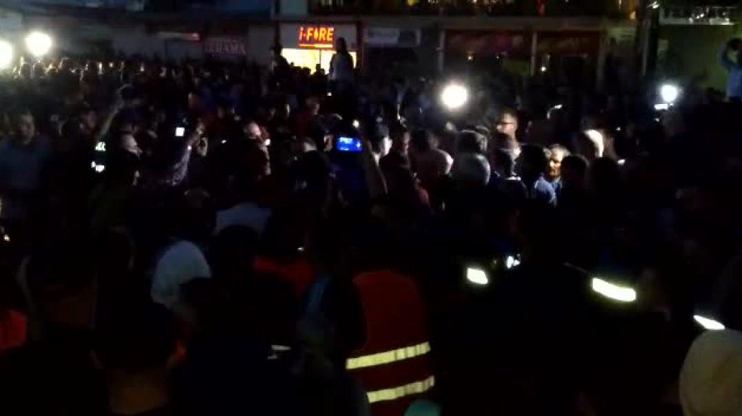 Banorët e Astirit bllokojnë Unazën e Re. Në protestë mori pjesë edhe Lulzim Basha
