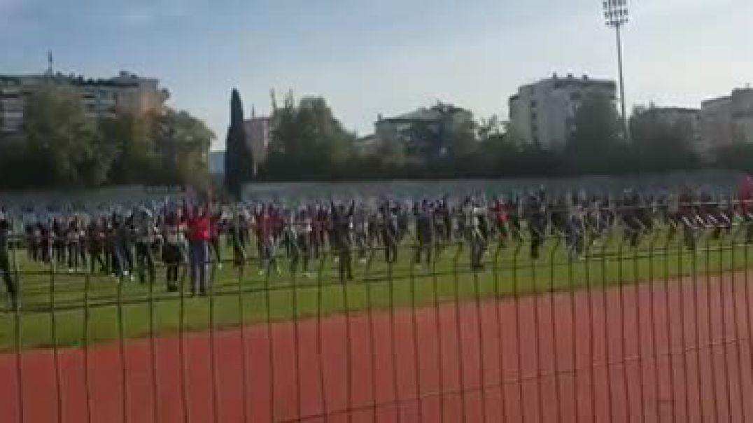 PD: Fëmijët u lanë pa shkollë për ceremoninë e stadiumit
