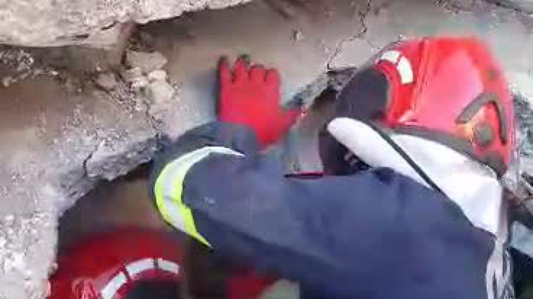 Momente nga operacionet e kërkim-shpëtimit në Durrës