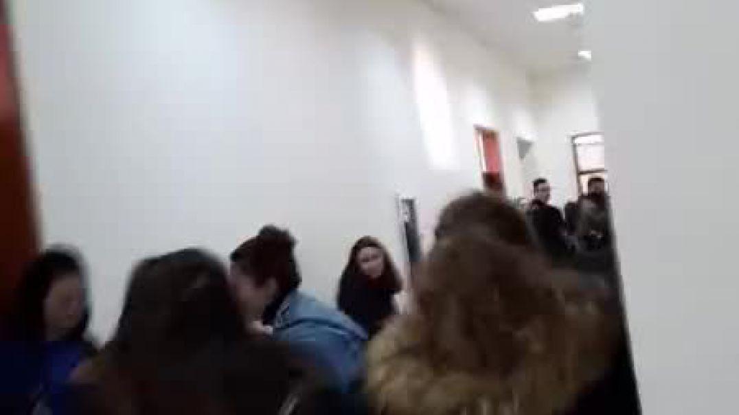 Studentët e Historisë dhe Filologjisë bojkotojnë mësimin dhe bëjnë thirrje për protestë