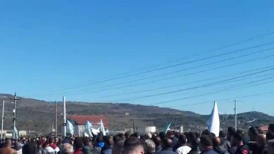 Protesta e Fermerëve të Lushnjes