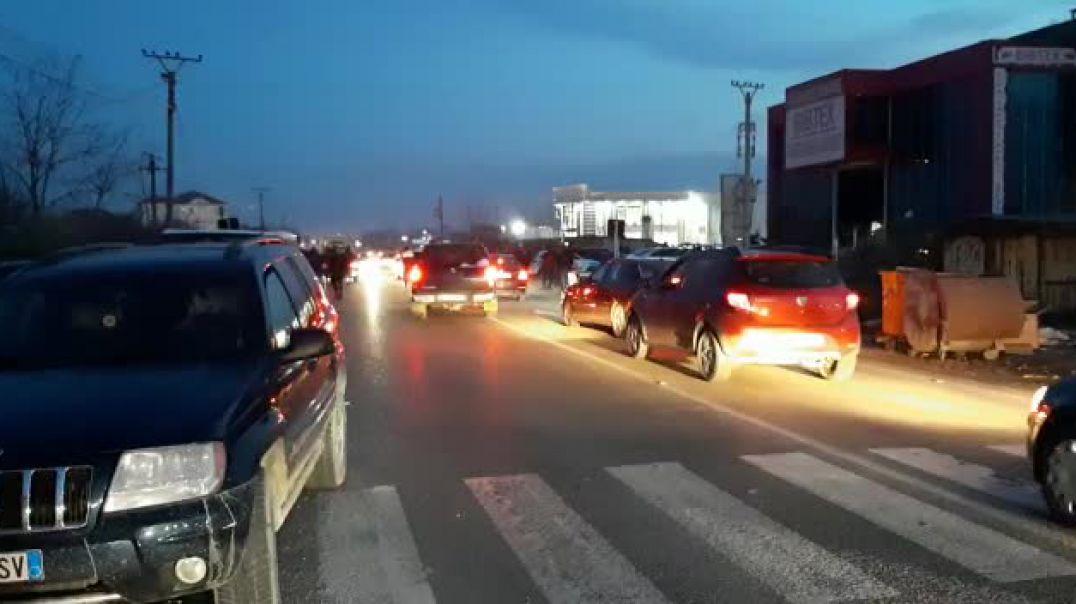 Aksident i trefishtë, 7 të plagosur në rrugën Tiranë-Fushë Krujë, disa në gjendje të rëndë