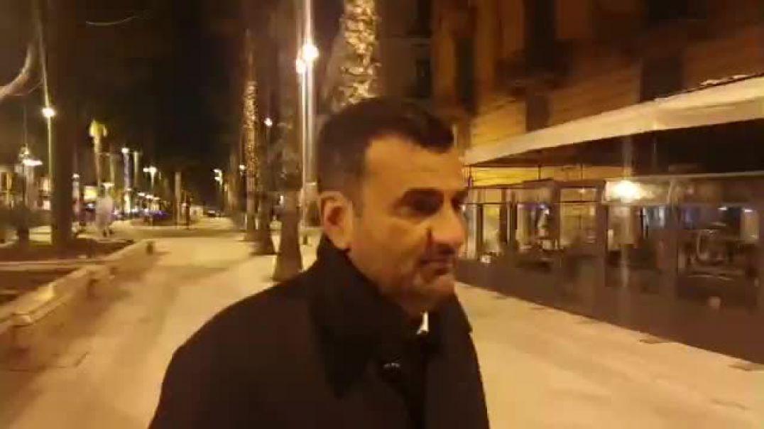 Video - Kryebashkiaku përlotet në rrugët e qytetit të tij të boshatisura nga koronavirusi