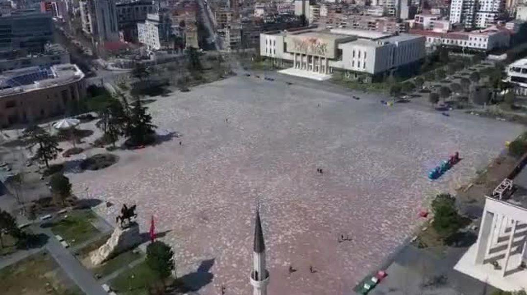 Tirana e boshatisur