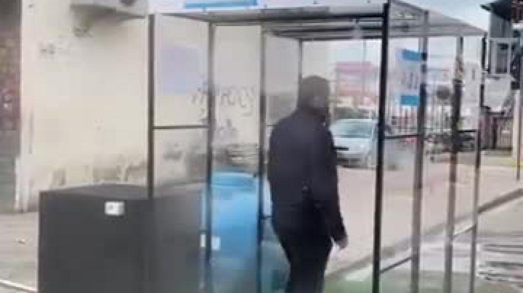 Dyndja, tregjet në Tiranë bëhen me tunele sanitare