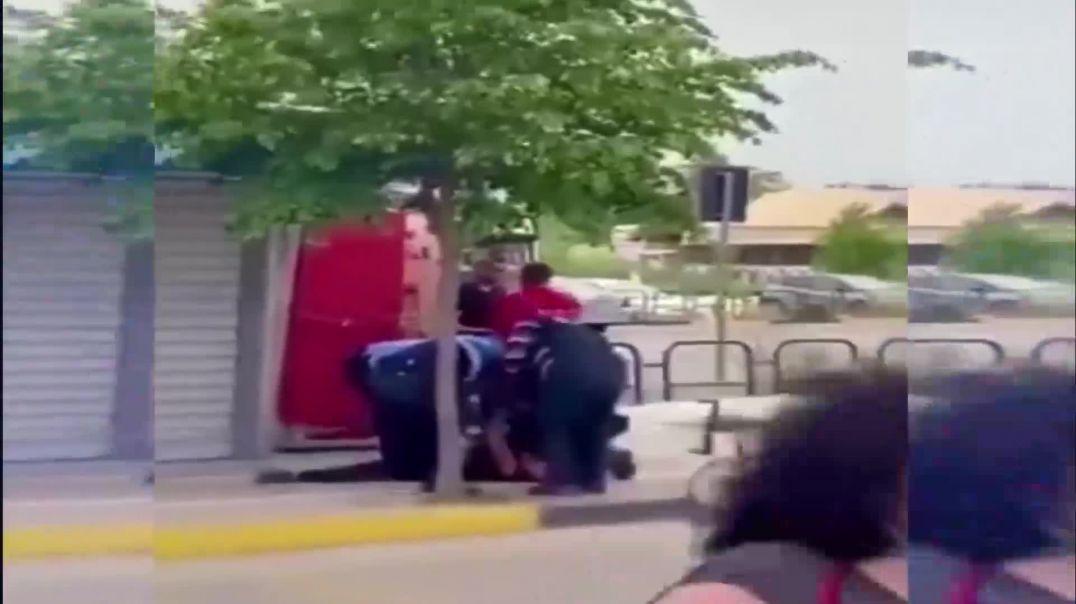 Tregoi videon e një nëne me pistoletë për të mbrojtur policinë, kërkohet dorëheqja e Veliut