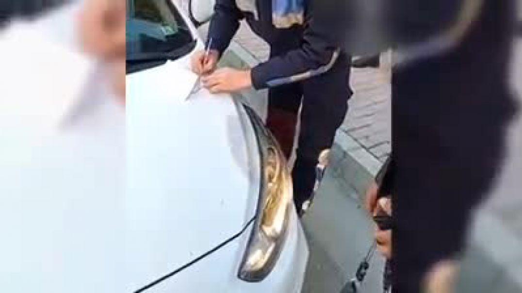Patrullat policore duke ndaluar qytetarë për mosmbajtje maske