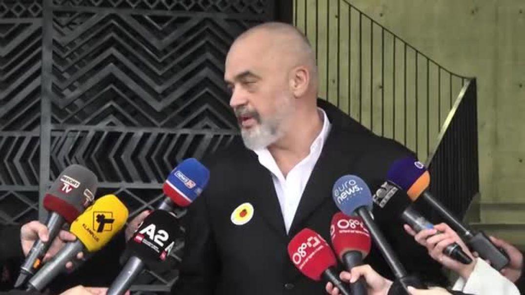 """Pas vaksinës, Rama """"thumbon"""" BE, Bashën, Berishën e Metën"""