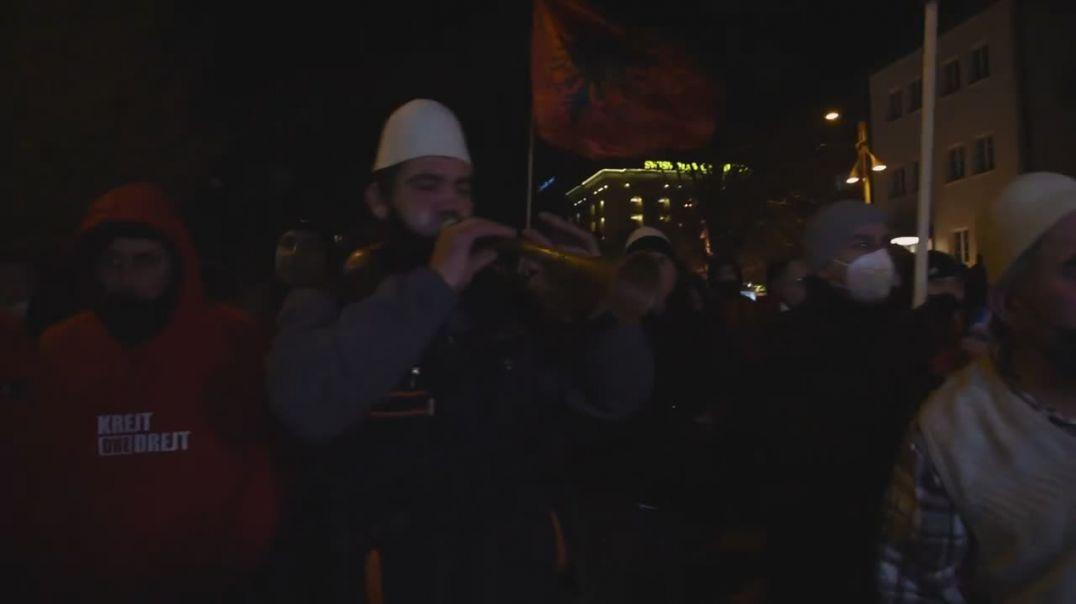 Mbështetësit e VV festojnë fitoren në Prishtinë