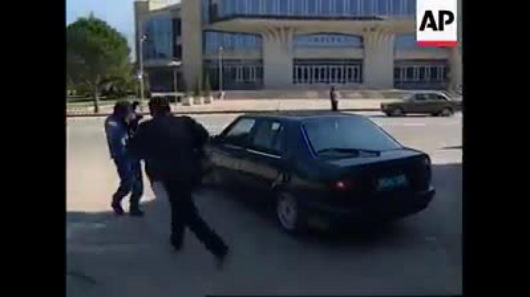 Bashkim Fino, kur drejtonte Shqipërinë e armatosur