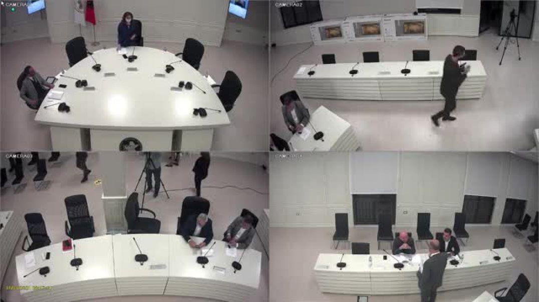 Ping-pong me modelin e fletës së votimit, Rregullatori shpall moskompetencën dhe ja kthen Celibashit