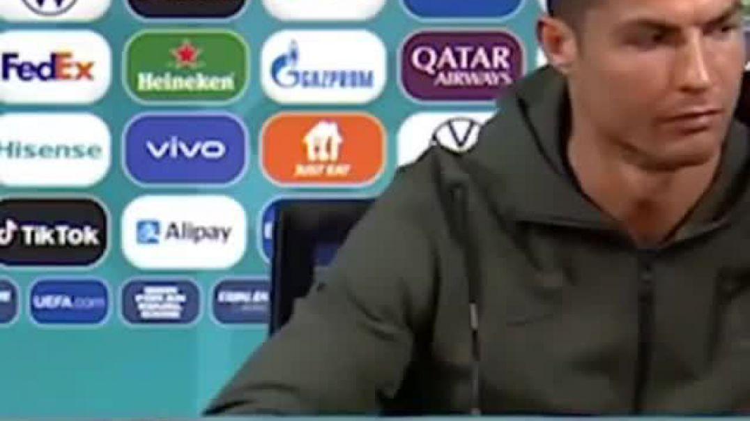 "Cristiano Ronaldo ""injoron"" Coca-cola"", preferon ujin"