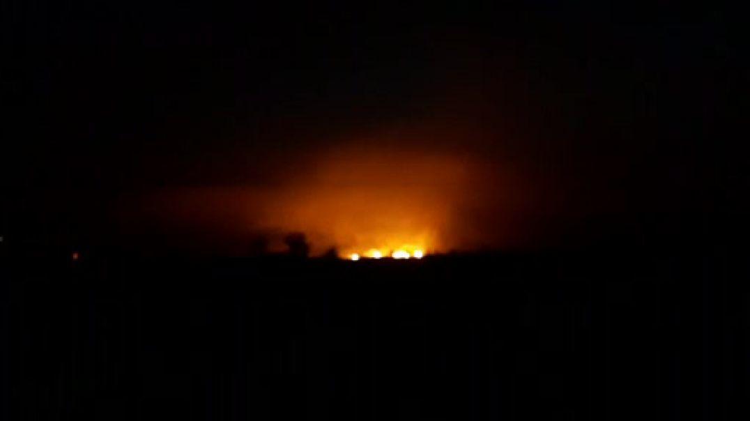 """Zjarri në Mamurras rrezikon banesat në lagjen """"Demokracia"""""""