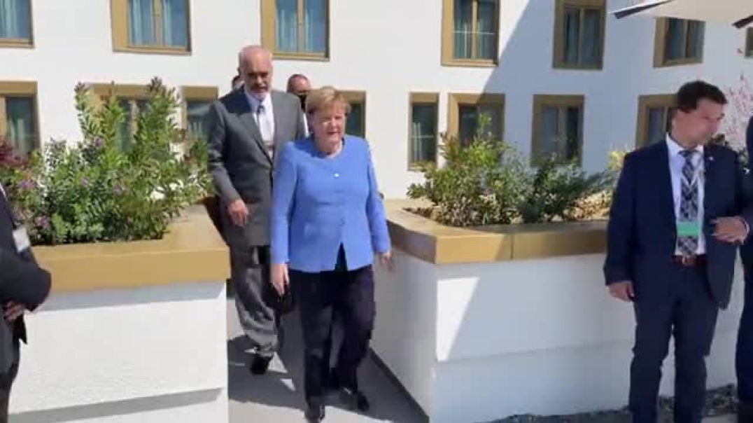 Merkel falenderon Kryeministrat e rajonit: Këtu jemi në një Gjermani të vogël