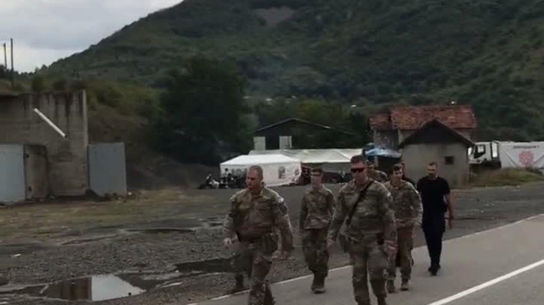 KFOR siguron kufirin Kosovë-Serbi pas largimit të barrikadave